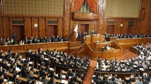 27予算衆議院通過